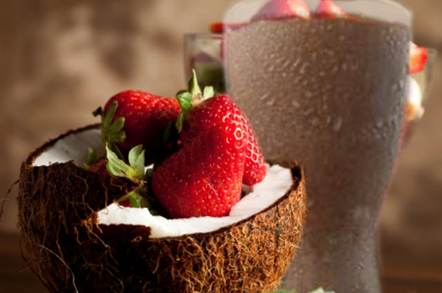 Berry Coconut Cream Shake